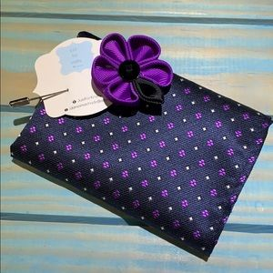 NEW Men's pocket square and lapel pin NEW